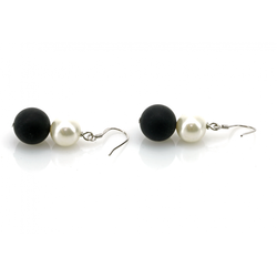 Onyx with Pearl earrings