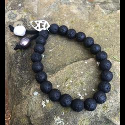 Lava Knot bracelet